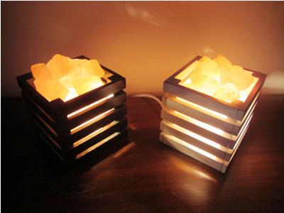 Qoo10 - Continental Himalayan salt crystal lamp bedroom bedside lamp nightligh... : Furniture & Deco