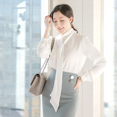 korea apparel industry Industry research on clothing market in south korea to 2021 - market size, development, and forecasts of 27 pages is now available with sandlerresearchorg for prices starting at us$ 525 under apparel section of its market research library.