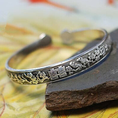 Chinese Exquisite Miao silver frog wealth Bracelet  a1