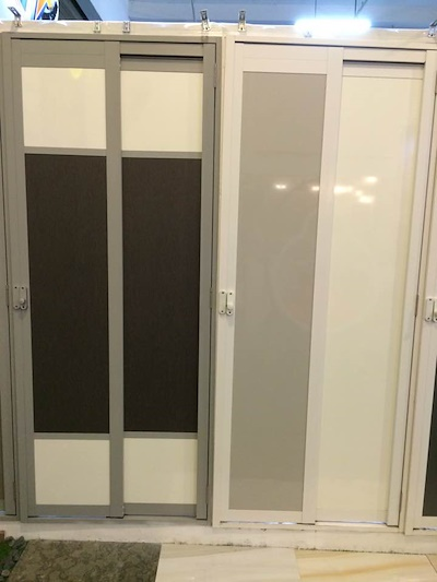 Qoo10 Slide And Swing Toilet Door For HDBBTO Only
