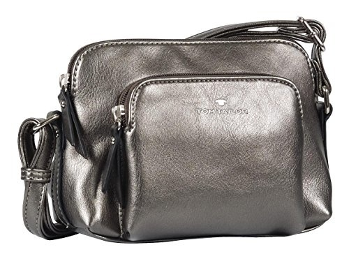 One Size 506-BLACK-8 Black Royce Leather Travel and Grooming Toiletry Kit with Stainless Steel Implements