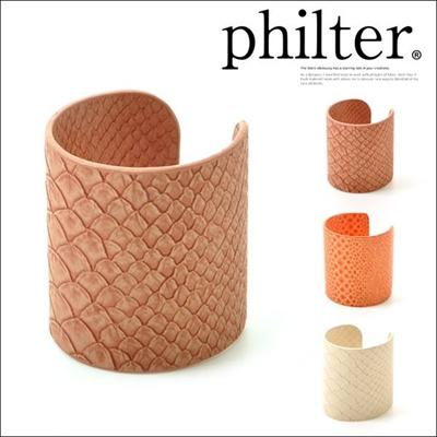 フィルター philter クロコ型押し ワイドバングル アニマル柄 ブレスレット 取寄商品の画像