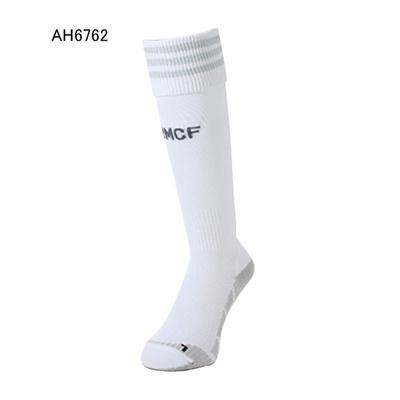 アディダス (adidas) レアルマドリッド ホーム レプリカ ソックス BCL08 [分類:サッカー レプリカウェア (海外代表・海外クラブチーム)]の画像