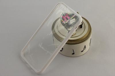 ★iPhone6S 4.7インチ TPUシリコンケース 白/透明 スマートフォンカバーの画像