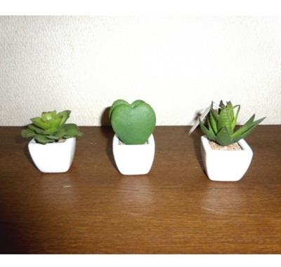 ●代引き不可送料無料多肉植物3点セット造花の画像