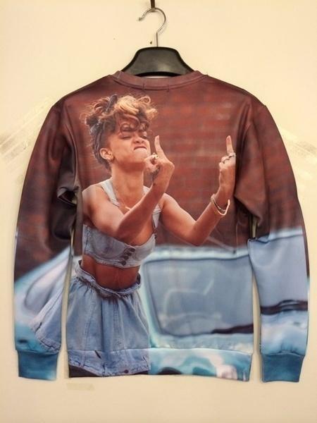 【クリックで詳細表示】Fashion Women Men Plus Size Punk Rihanna 3D Printed Middle Finger Sweatshirt as a gift to lovers