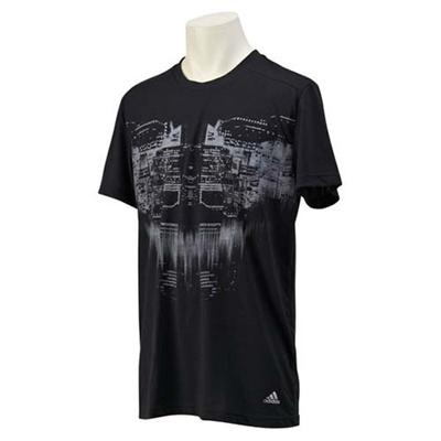 アディダス(adidas) M STRONGER グラフィックショートスリーブ Tシャツ JPE51 S00054 BLK 【メンズ トレーニングウェア 半袖】の画像