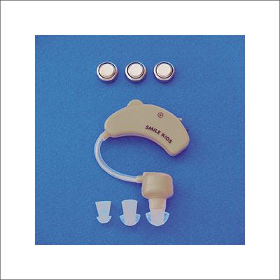 耳かけ集音器2AKA-108■集音器耳かけ補聴器電池左右両耳対応