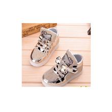 子供たちはライトEU 21-30で春の新作ハローキティラインストーン主導の靴の女の子プリンセスかわいい靴シューズ
