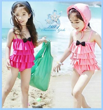 【即納】リボンティアードフリルワンピース水着 #ライトピンク #ディープピンク  ガールズ・キッズアパレル 韓国子供服 女の子 ジュニア kids girls 海外リゾート プール 海水浴 バンドゥ 花柄 ビキニ スイムウエア ドット柄 キッズ水着の画像