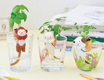 【送料無料】かわいい動物のミニプランター☆コップで手軽にガーデニング♪ゆるかわ動物に癒され生活始めませんか?☆コップからちょこんと顔をだす動物のしっぽから水を吸い上げ植物を育てます☆お得な3個セット☆の画像