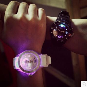 Qoo10SingaporeColorful lights LED luminous luminous Korea Korean high school students Harajuku fashion trends for men and women couple jelly watches?SB_child clothing