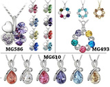 [FLAT PRICE] !!EVERY 2 QTY RM 1 OFF!! Crystal Necklace Fashion Jewelry for Women Pendant Necklace with Chain Platinum Plated Cubic Zircon Jewellery Girl friend gift