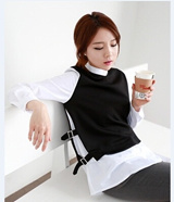 【M18】Women's shirt/ Korean fashion/ fake two-piece t-shirt/ black and white/ long sleeve tee/ cool and fashionable tee/ crisp standing up collar