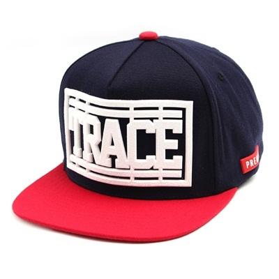 韓国のファッションのスナップバックTrace/100%実物写真/セレブが愛用する大人気のキャップ/ bigbang/G-Dragon/hiphop/帽子ヒップホップ帽平に沿ってhiphopヒップホップの帽子スタッズ付きの画像