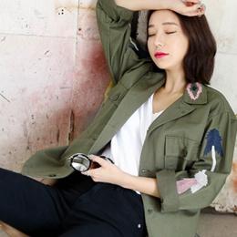 [white-fox]刺繍ポイントジャケット