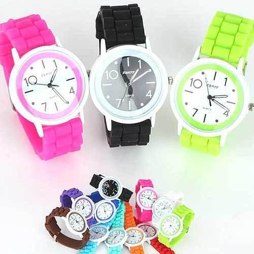 Qoo10LED 腕時計 メンズ メンズ腕時計 レディース腕時計 時計 デジタル ラバー シリコン FASHION腕時計 スポーツ カラフルウォッチ オシャレ シンプル ビジュアル 安い 新品 デザイン【DM便