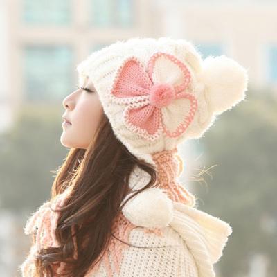 ニット帽 レディース ぼんぼり 小顔効果 防寒 暖かい 女の子 キッズ 大人 女性用 スノボ スノーボード ポンポン ボンボン ニット帽子 あったか 秋冬 かわいい ゆったり 帽子通販 コーデ ハット ニットキャップ 大人気 コーディネート 着こなし 可愛い おしゃれ オススメの画像