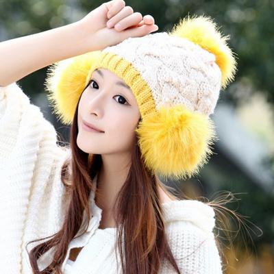 ニット帽 レディース ぼんぼり防寒 暖かい女の子 キッズ 大人 女性用スノボ スノーボード ポンポン ボンボン ニット帽子小顔効果あったか秋冬かわいい ゆったり 帽子通販 コーデ ハット ニットキャップ大人気 コーディネート 着こなし可愛いおしゃれ オススメの画像