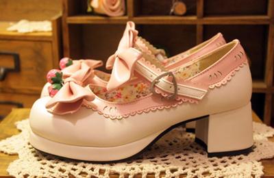 【送料無料】超可愛い靴シューズlolita変装ロリータかわいい系蝶結びゴシック風ロリ姫靴リボン付け鈴付けdi006yqy2za