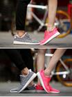 2017早春新作 /  スニーカー/スニーカー 男女兼用 / カップルスニーカー / シューズ レディース /軽量スニーカー /  通勤靴 / 学生靴 / 韓国 靴 / 靴 大きいサイズ / 六種類の色の多いサイズで選択することができます
