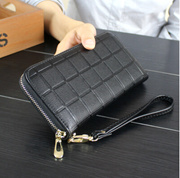 The new summer Lingge ladies purse Korean zipper bag embossed mens hand bag mobile phone wrapping clip