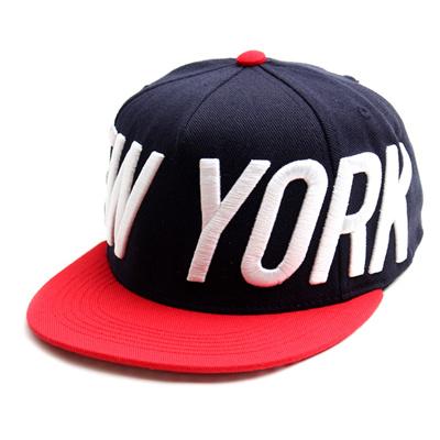 韓国のファッションのスナップバックPervert/100%実物写真/セレブが愛用する大人気のキャップ/ bigbang/G-Dragon/hiphop/帽子ヒップホップ帽平に沿ってhiphopヒップホップの帽子スタッズ付きの画像
