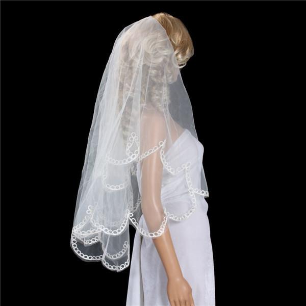 Qoo10ウエディングベール ウエディングドレス/ヴェール ウエディングベール 二次会 ウエディングベールリボン ベール/ヴェール/ブライダル/花嫁/結婚式/オフホワイト