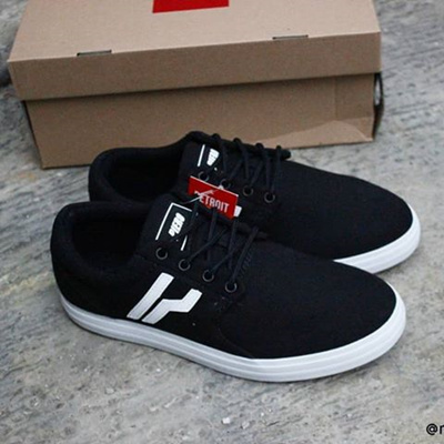 Sepatu Original Piero Detroit Black White  Rating  0  20.000~  350.000 b536d6ac59