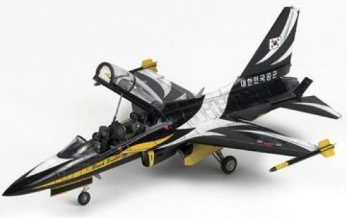 【クリックで詳細表示】T-50B Black Eagles RoK AF Aerobatic Team Aircraft 1/48 Academy