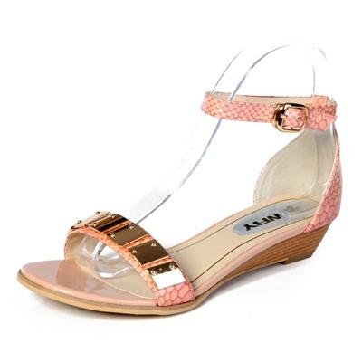 风蛇纹金属牛皮平底女凉鞋 舒适平跟一字式扣带女鞋 13085怎么样