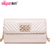 【M18】Autumn and  winter new arrival  girls  chain bag/ retro style and high quality  lady shoulder bag messenger bag /European and American style/ elegant and luxurious/ for women