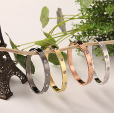 2014 new diamond rings bracelets earrings