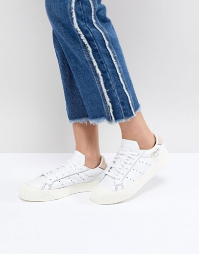 the latest 6bfe4 11872 Qoo10 - adidas Originals Everyn Sneakers In White  Shoes