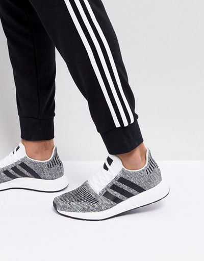 Run Swift Primeknit Adidas Sneakers Originals In Black Cq 2889 eW29IDHEY