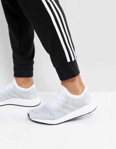 adidas Originals Swift Run Primeknit Sneakers In White CG 4126
