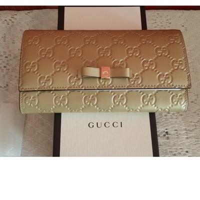 27565e10528f Qoo10 - Bow Gucci Signature Continental Wallet 388679 : Bag & Wallet