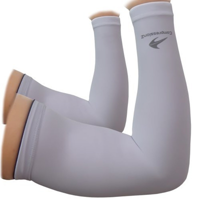 5842a52b11 Qoo10 - CompressionZ Arm Sleeves for Kids (1 Pair) Compression - Boys,  Girls, ... : Sports Equipment