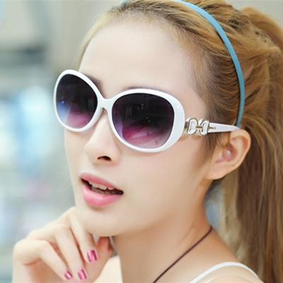 e76ff701960 Qoo10 - Daily special round face Sunglasses female 2017 new face elegant  sun v...   Fashion Accessor.