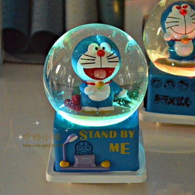 Doraemon crystal ball music box jingle cats music box flashing Rotary snow-girlfriend girlfriends gr