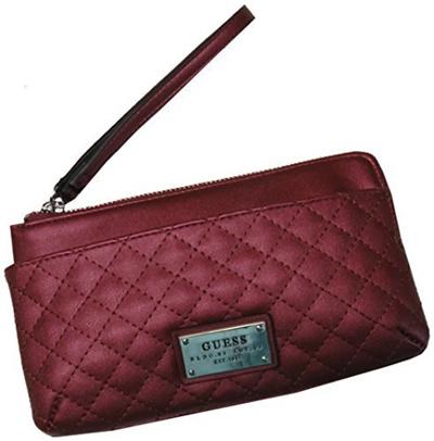 55a28c769e Qoo10 - Guess Women s Lovecat Signature Logo Wristlet Cherry B01MQIMFLB    Bag   Wallet