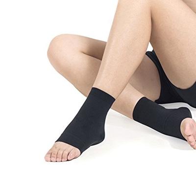 209085c16c Qoo10 - HaloVa Ankle Brace, Plantar Fasciitis Socks, Best Ankle Support Foot  C... : Tools & Gardenin.