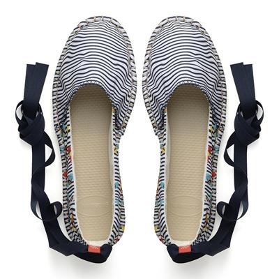 0a996dcb5e8c65 Qoo10 - Havaianas Origine Slim Wave Print Espadrille White Black   Shoes
