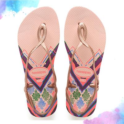 e9dd61a64d65 Qoo10 - Havaianas Luna Print 0076 (Ballet Rose)  Women    Shoes