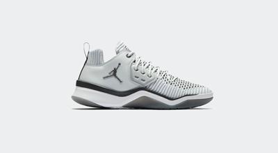 be8ea657d77 Qoo10 -  JORDAN  JORDAN DNA LX AO2649 002 Sneakers   Kids Fashion
