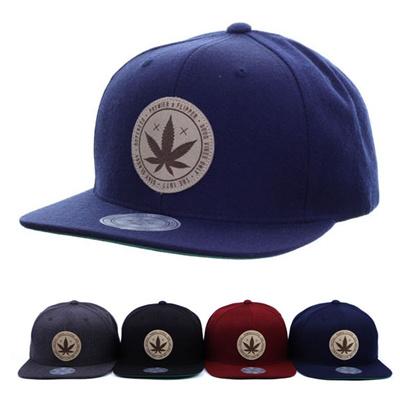 95a325aad89a Qoo10 - Leaf Snapback Caps : Fashion Accessories