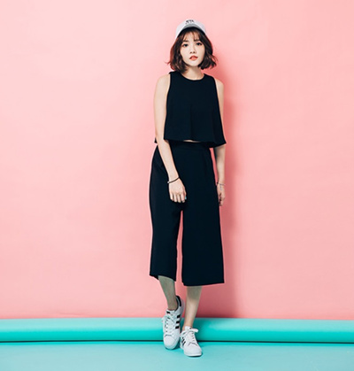 261680f3ad4 [FREE MAIL]Korean style two piece set / crop top / culottes / tank