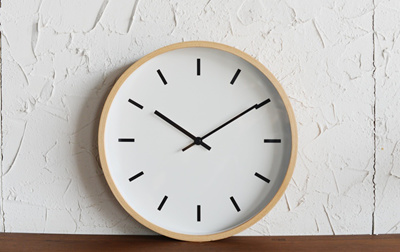 Qoo10 wooden wall clock furniture deco minimalist natural 12 inch seiko precision movement wooden wall clock classic timeless elegent birch beech wood fandeluxe Gallery