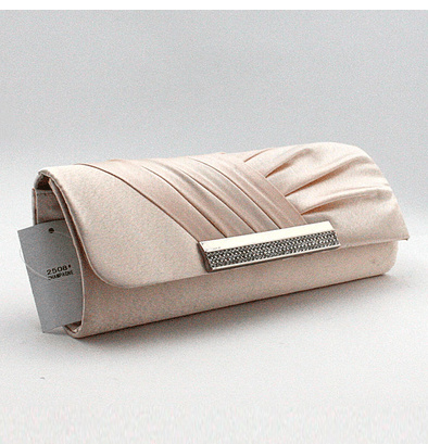 0d8ae32ce9ba Qoo10 - New red bridal bag wedding package diamond banquet bag   Bag ...