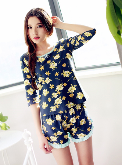 Pyjamas woman ladies summer cotton Pajamas floral ruffled short sleeve  shorts thin casual Korean ver 0ecdc6201